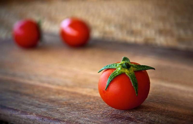 高铁的食物_食物含铁高的副作用