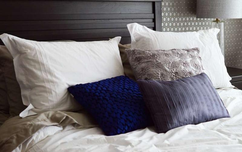 琥珀枕头功效与作用购买琥珀枕一定要檫亮眼睛
