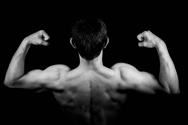 怎么放松背部肌肉缓解背部肌肉酸痛的方法